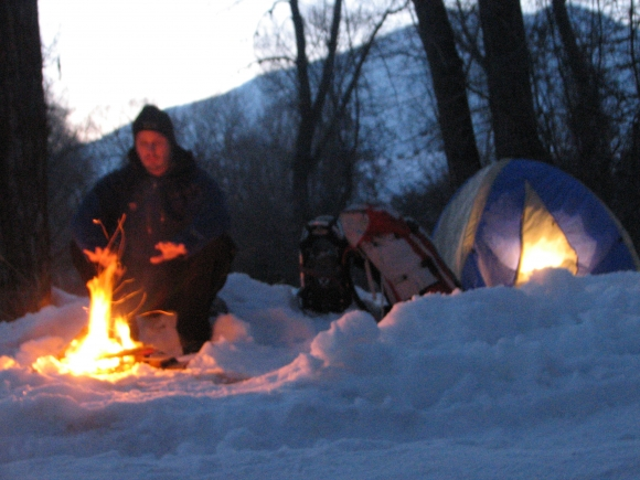 0130 Winter Camping_bw Jpg
