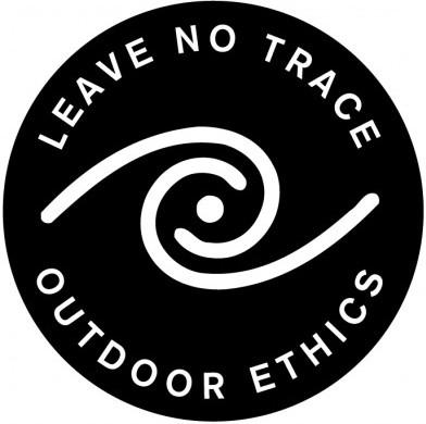 leave_no_trace_black